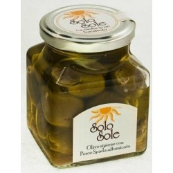 Olive ripiene con pesce spada affumicato