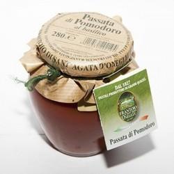 Passata di pomodoro con basilico