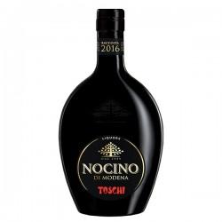Nocino, Toschi